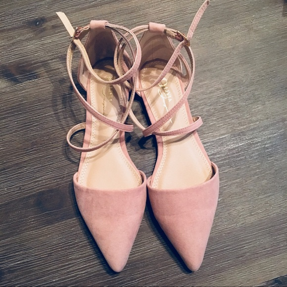 NWT Rayna Blush Suede Pointed Flats 037101f4d